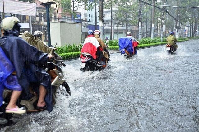Tình trạng xe ngập nước khiến xe dễ chết máy