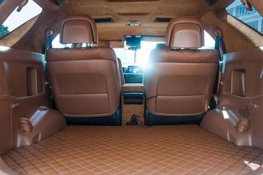 Tháo bỏ hàng ghế sau giúp ô tô giảm bớt trọng lượng