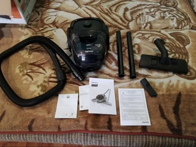 Thiết bị được trang bị đầy đủ các dụng cụ cần thiết cho việc làm sạch