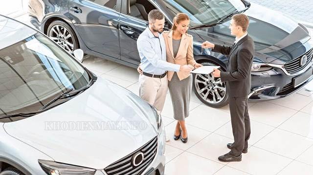 Tìm hiểu tham khảo kỹ các mẫu xe trước khi quyết định mua